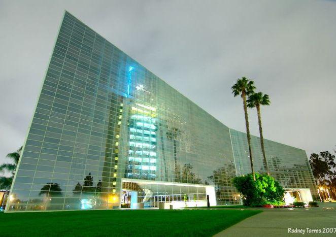 La mega catedral de cristal desarrollo personal for El super garden grove